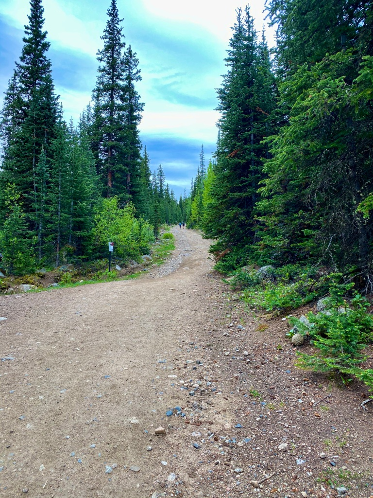 View of the steady incline going up to the first lake